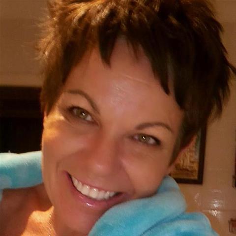 Naar bed met een 46-jarig vrouwtje uit Drenthe