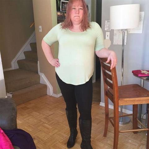 Regel een ontmoeting met deze 45-jarige vrouw
