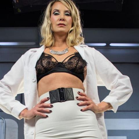 BDSM date met 45-jarige milf uit Drenthe!