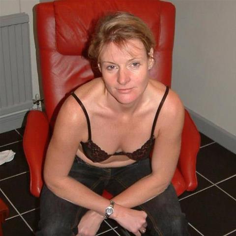 Estelle746 in Noord-Holland voor seks dating