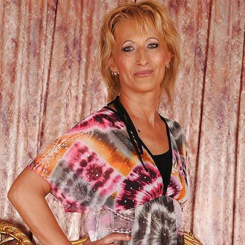 51 jarige oma zoekt seks in Noord-Brabant
