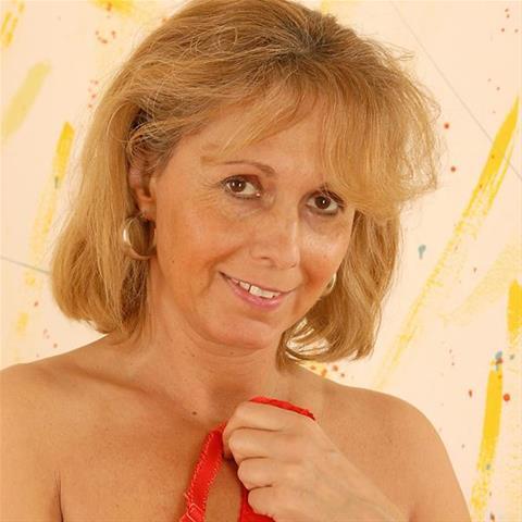 59 jarige oma zoekt seks in Gelderland