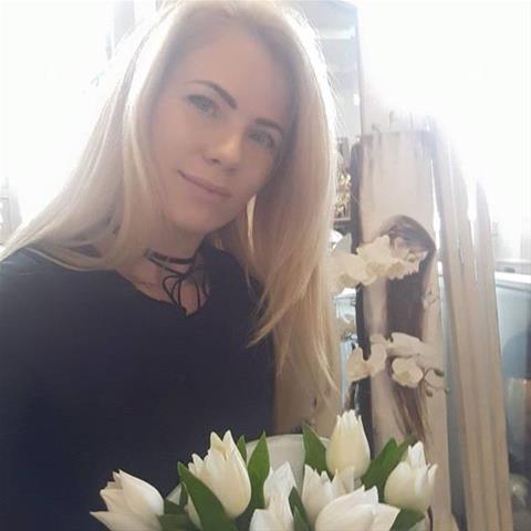 Naar bed met een 37-jarig jongedametje uit Utrecht