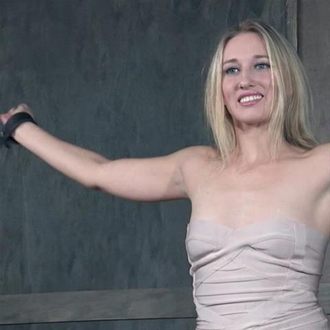 Geile sexdate met deze 38-jarige moeder