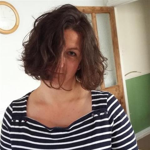 Laat je ontknapen door 50-jarig dametje uit Zuid-Holland