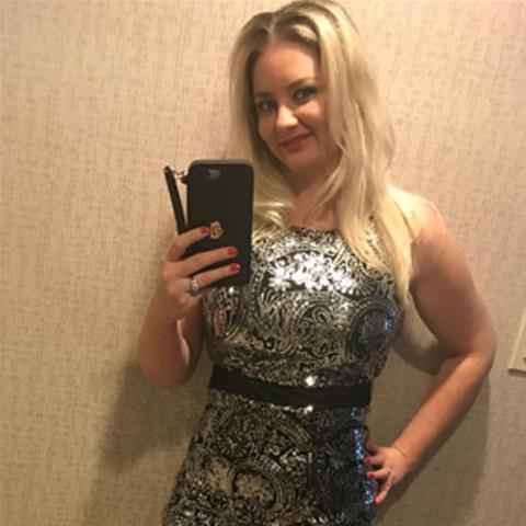 Maak een afspraakje met deze 31-jarige jongedame
