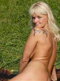 63 jarige oma wilt sex in Flevoland