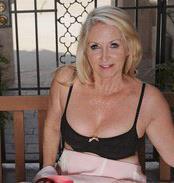 65 jarige oma zoekt seks in Noord-Holland