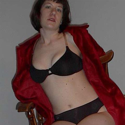 Afspreken met 51-jarige dame uit West-Vlaanderen!