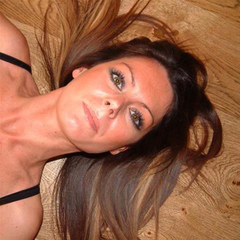 Cynthiee in Noord-Holland voor seks dating