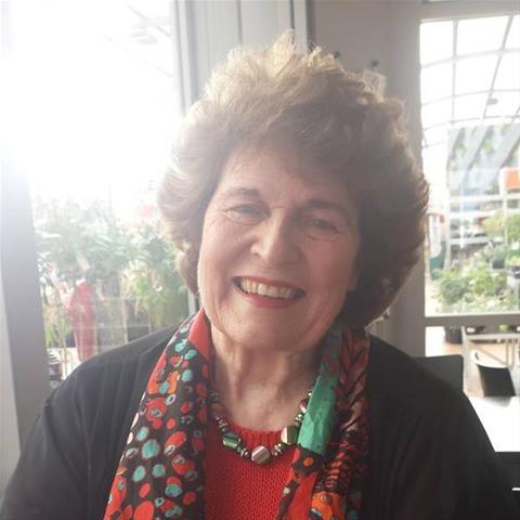 Erotische ontmoeting met 68-jarig omaatje uit Oost-Vlaanderen