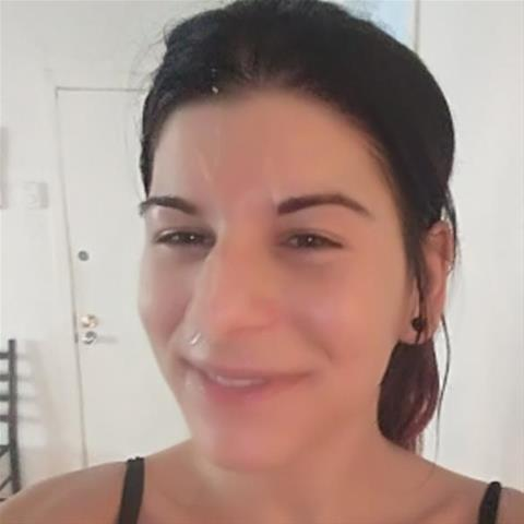 Lekkere date met deze 32-jarige jongedame