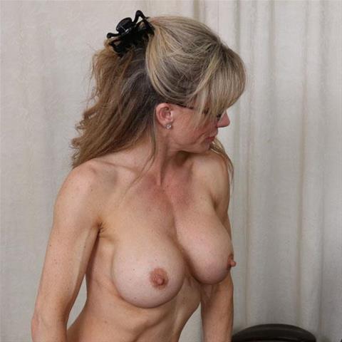 Lekkere date met deze 59-jarige vrouw