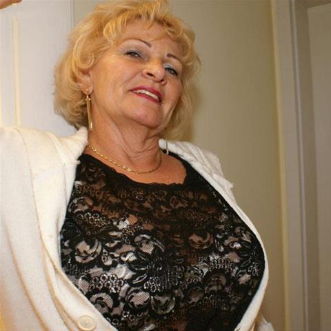 65 jarige oma zoekt seks in Noord-Brabant