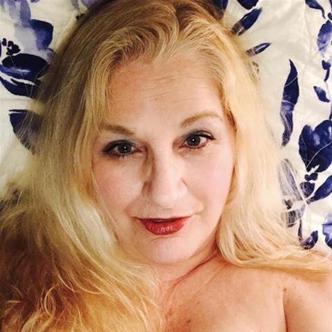 Erotische ontmoeting met 63-jarig omaatje uit Oost-Vlaanderen