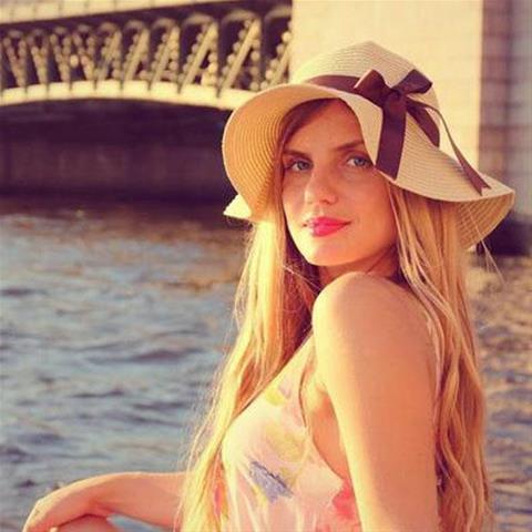 Gratis ontknaping bij 35-jarig jongedametje uit Groningen