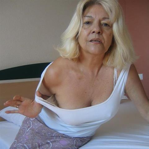 61 jarige oma zoekt seks in Zuid-Holland