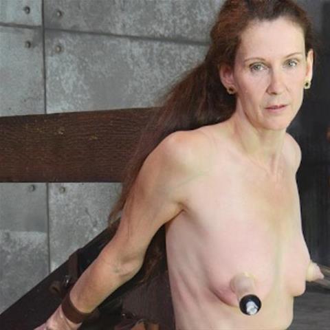 Erotische ontmoeting met 60-jarig omaatje uit Noord-Brabant