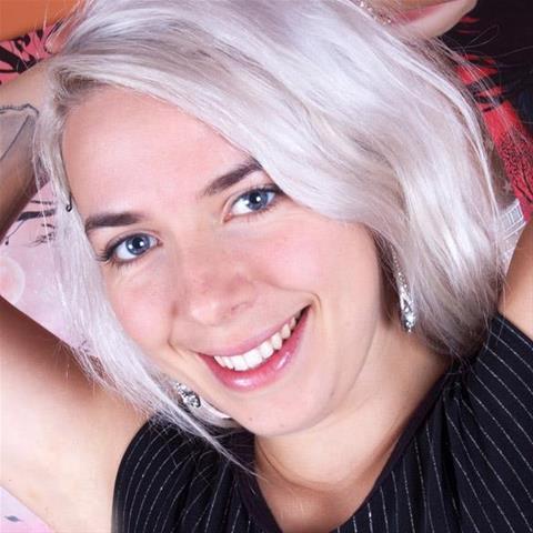 Gratis sex met 35-jarig jongedametje uit Friesland