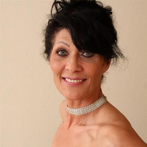 Je eerste keer sex met 65-jarig omaatje uit Zuid-Holland