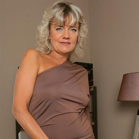 62 jarige oma zoekt seks in Limburg