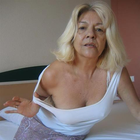 65 jarige oma zoekt sex in Noord-Brabant