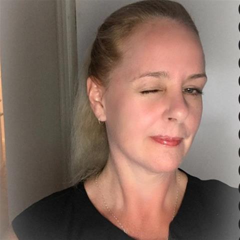 Laat je ontknapen door 54-jarig moedertje uit Gelderland