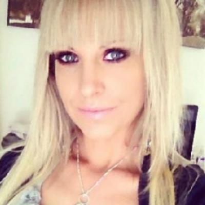 Je eerste keer sex met 35-jarig jongedametje uit Limburg