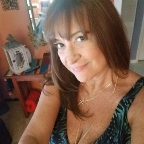 Je eerste keer sex met 65-jarig omaatje uit Overijssel