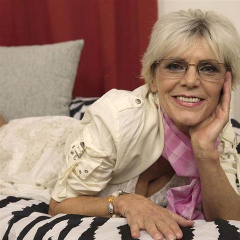61 jarige vrouw zoekt seks in Utrecht