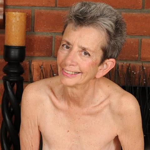 64 jarige oma zoekt seks in Noord-Holland