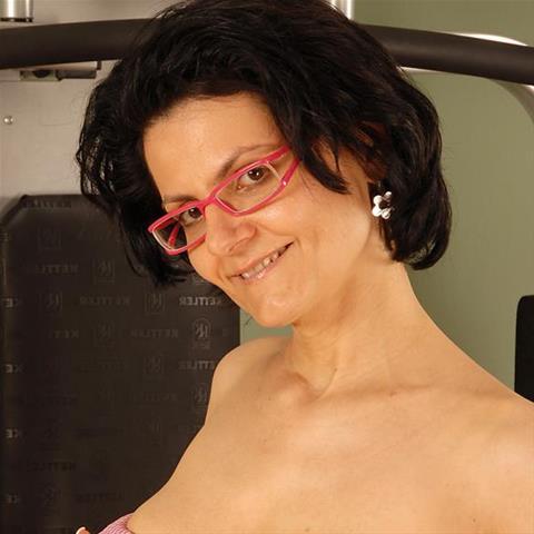 46 jarige oma zoekt seks in Flevoland