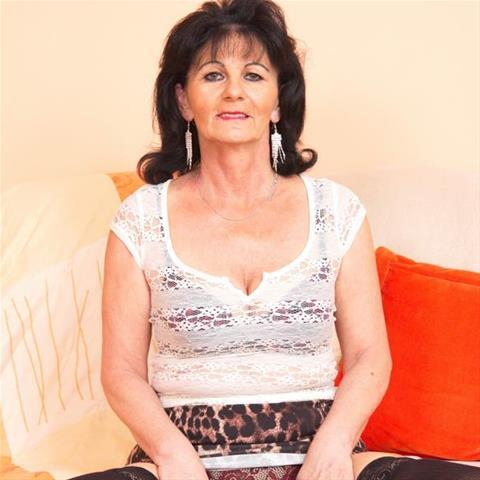 Eenmalige sex met 68-jarig omaatje uit Drenthe